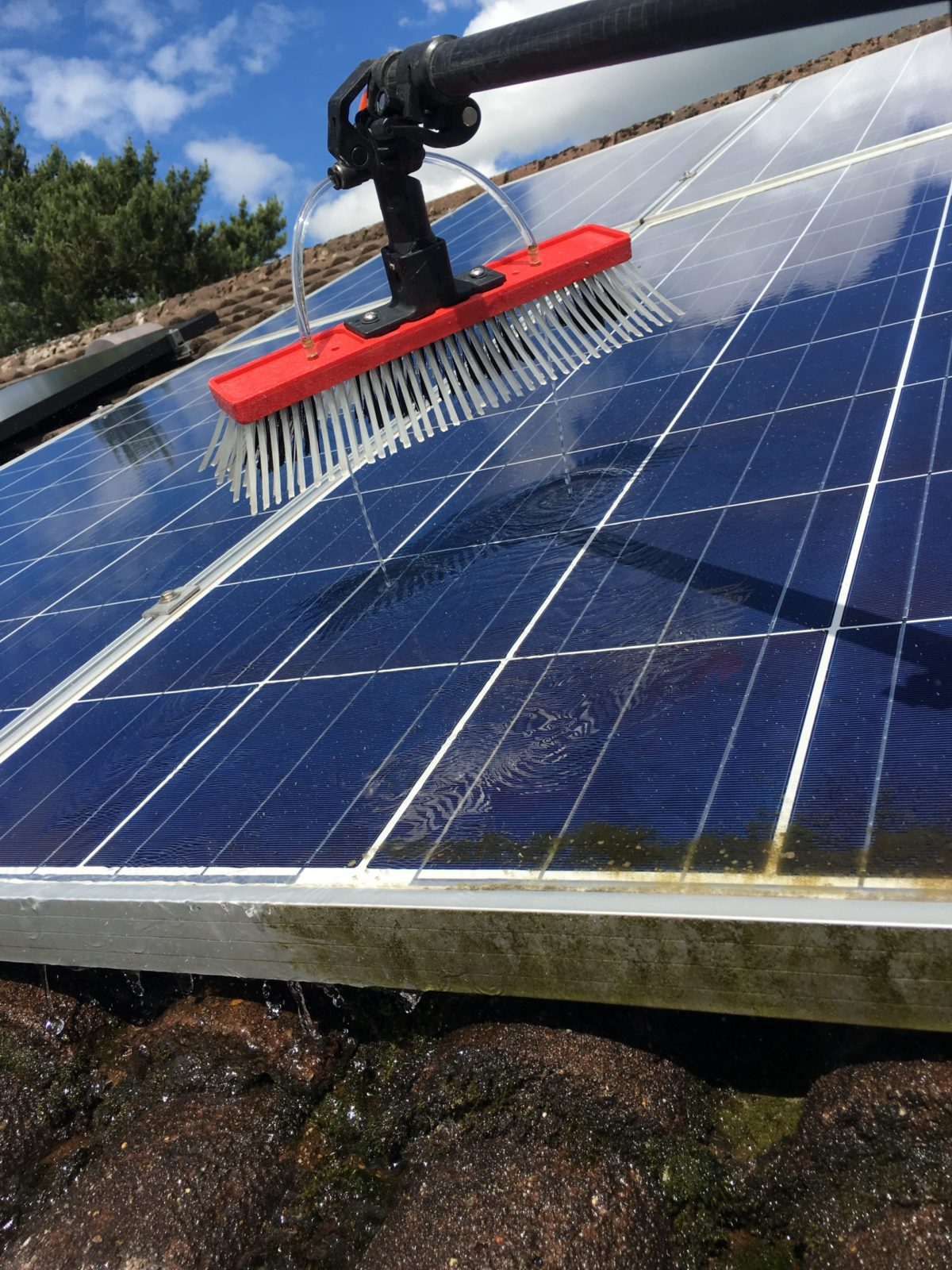 solar panel cleaning Airdrie